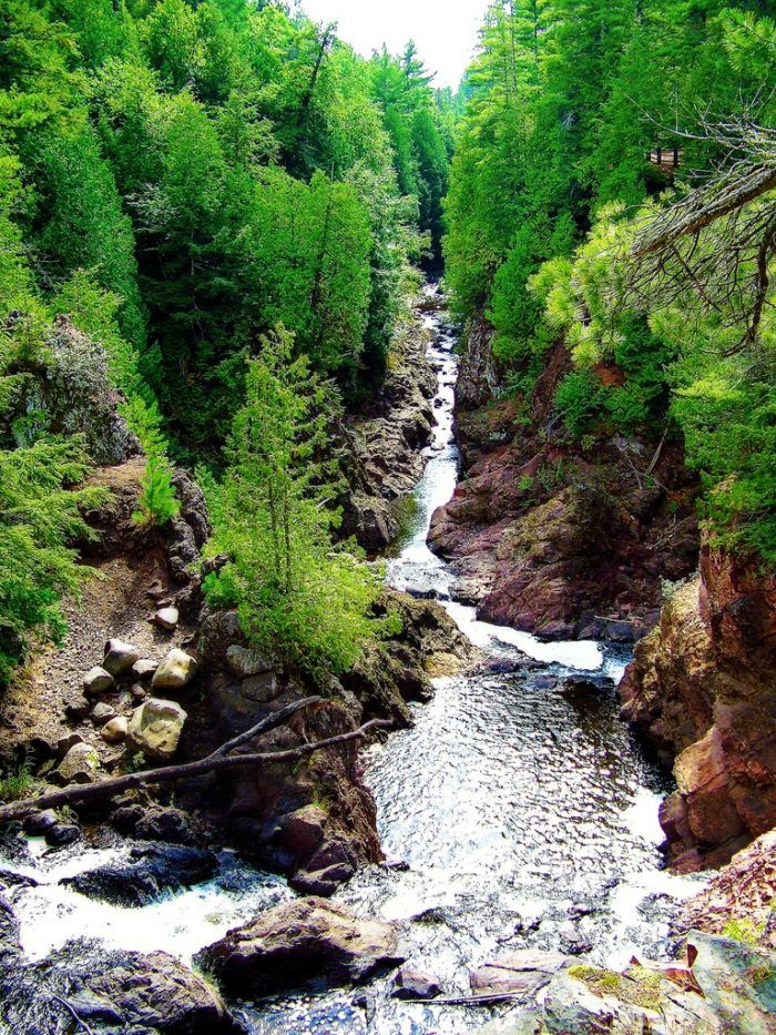 Wisconsin S Most Scenic Trail Is Absolutely Stunning And You Ll Want To Hike It Wisconsin Travel Hiking Wisconsin Wisconsin Waterfalls