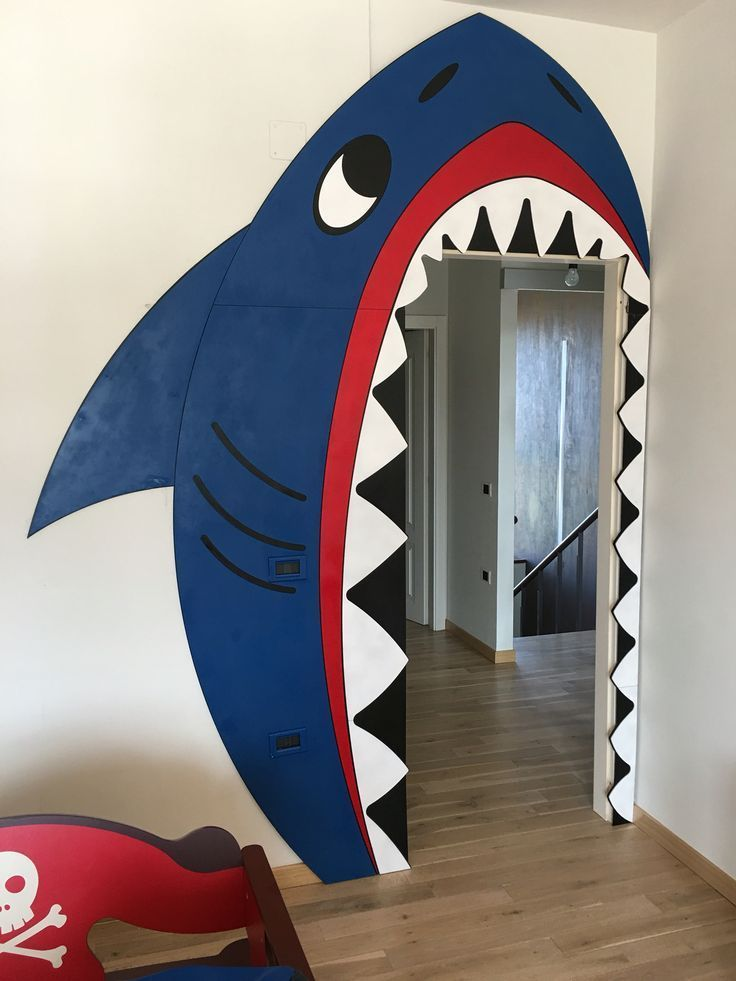 DIY Shark Türdekoration Wagst du es durch? #Dekoration #DIY #Tür # ...  #dekoration #durch #shark #turdekoration #wagst #kleinkindzimmer