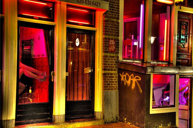 Girls In Red In 2020 Amsterdam Red Light District Red Light