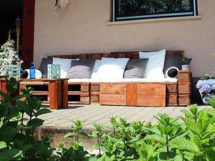 Bauanleitung: Garten-Lounge aus Europaletten | Garten | Pinterest ...