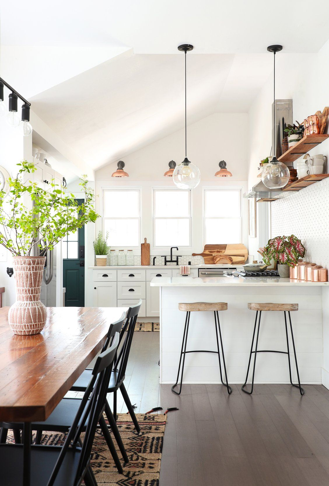 How This DIY Blogger Transformed Her Dilapidated Fixer-Upper | home ...