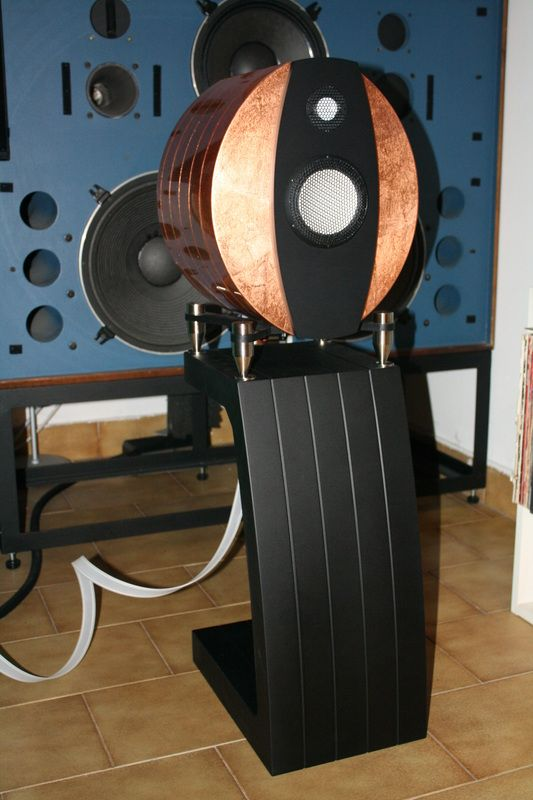 Emmespeakers Da Vinci A Three Way Design With 1 2 Quot And 5