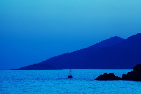 blue sunset boat