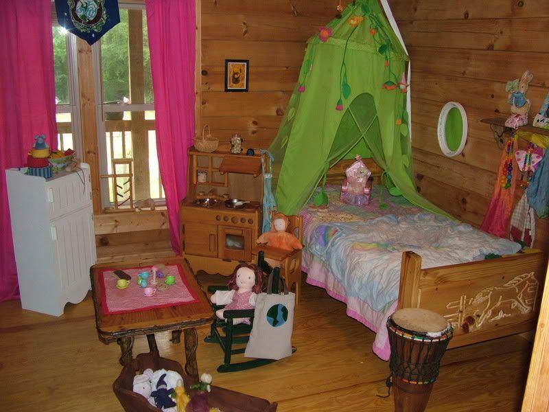 Waldorf Kinderzimmer ~ Garden of eden waldorf bedroom playroom kids room playroom