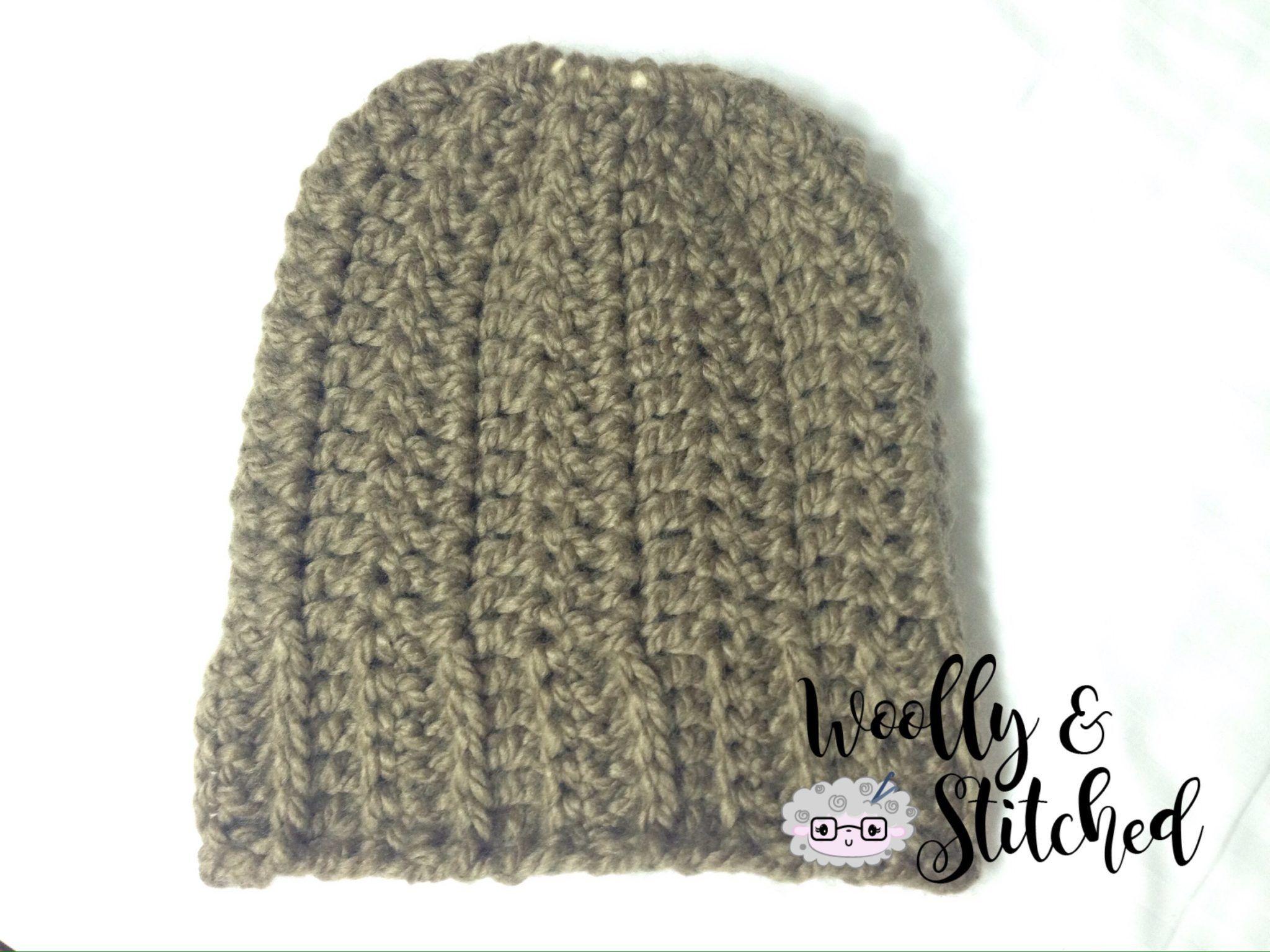 PATRON GRATIS Gorro coletero - Messy Bun Hat en crochet. | Crochet ...