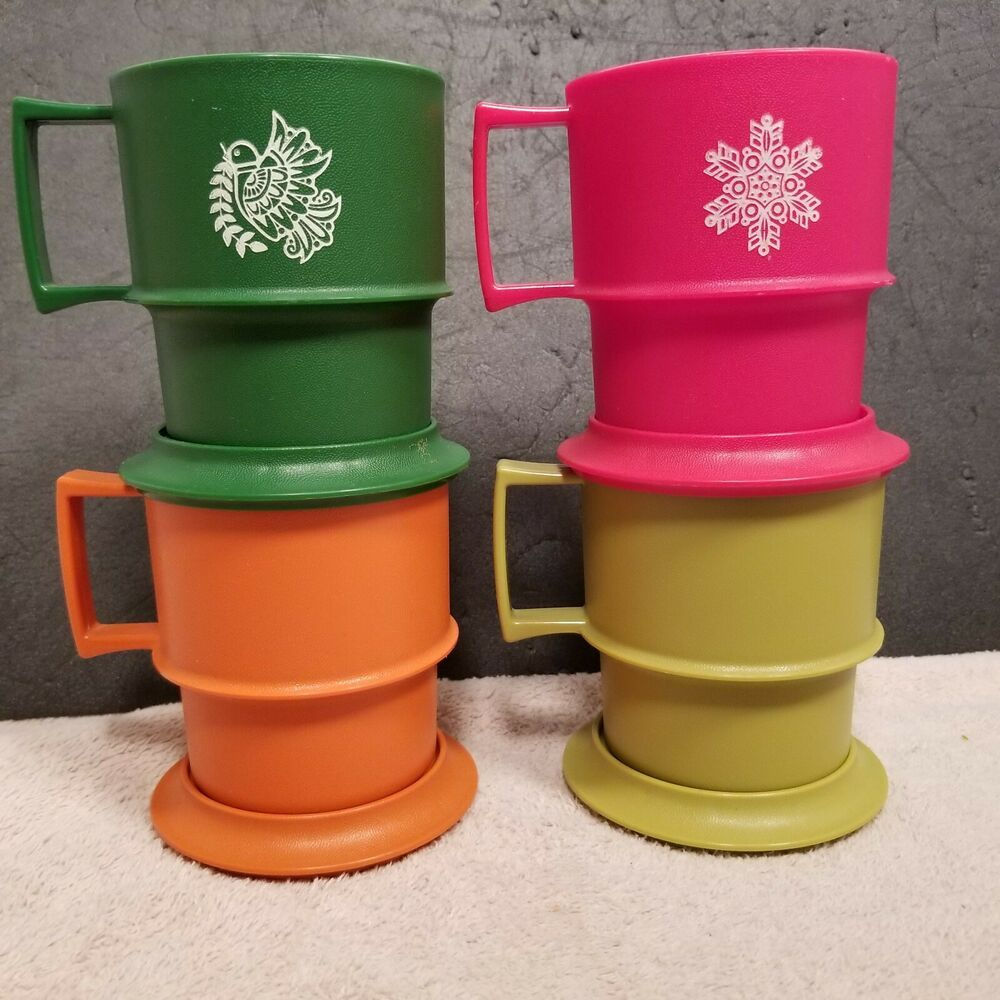 Vtg Tupperware Set of 4 Coffee Cups/Mugs With Coasters