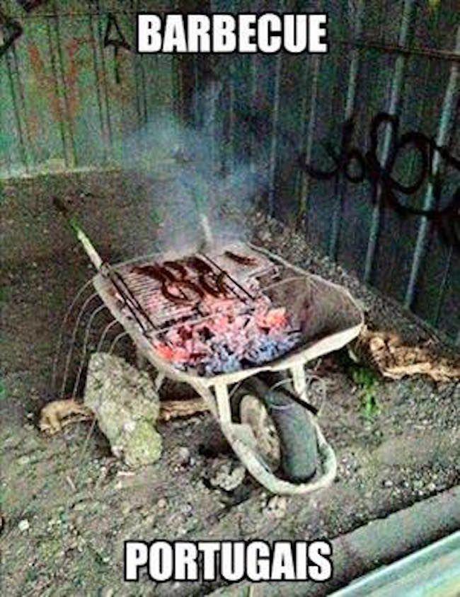 Les 30 meilleures blagues sur les portugais barbecue for Cuisinier humour