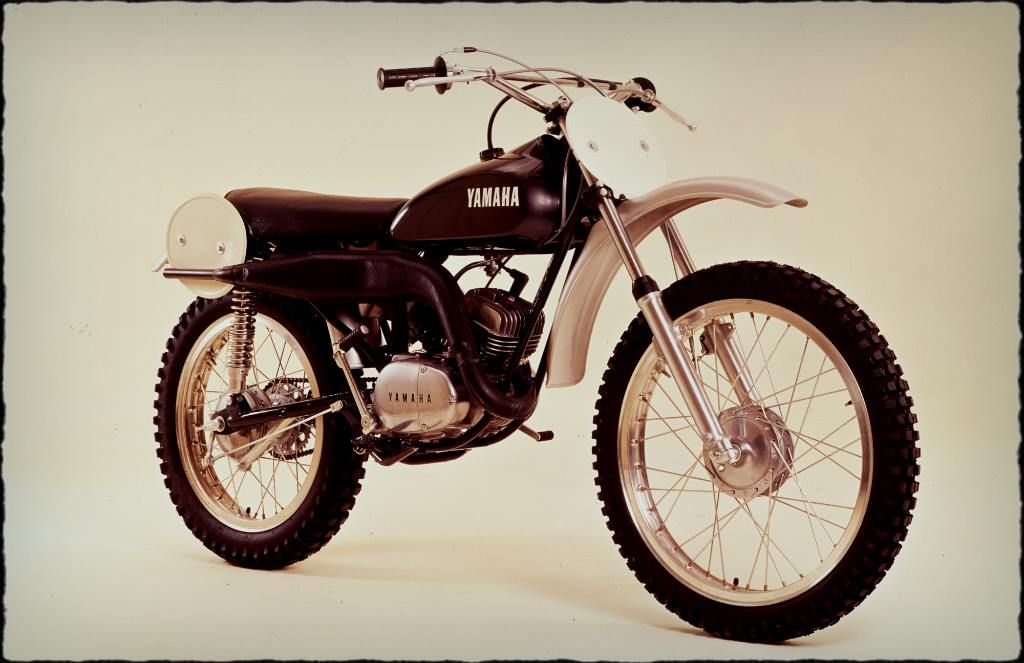 1972 At2mx Yamaha Was One Of The Pioneers Of Motocross And The At2mx Was The Perfect Platform For A Gene Vintage Motocross Motocross Bikes Racing Motorcycles