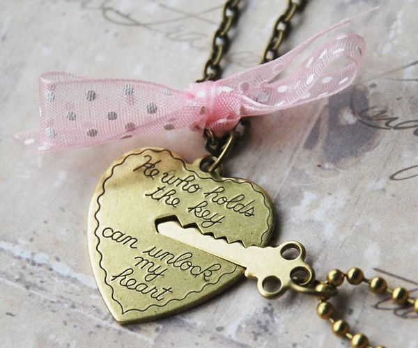 30 Gift Ideas For Valentine S Day Hearts Pinterest Key To My