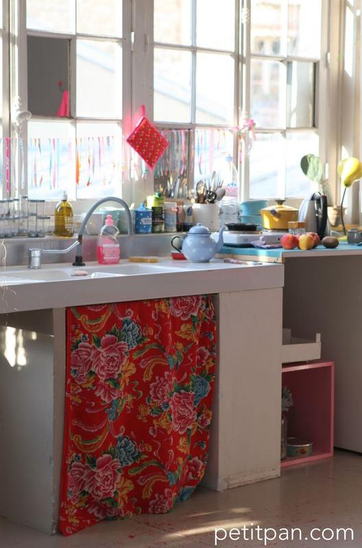 Un chouette petit coin de cuisine aux couleurs pimpantes colorful bazaar style - Petit coin cuisine ...