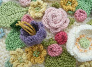 Knot Garden: Posy Cushion