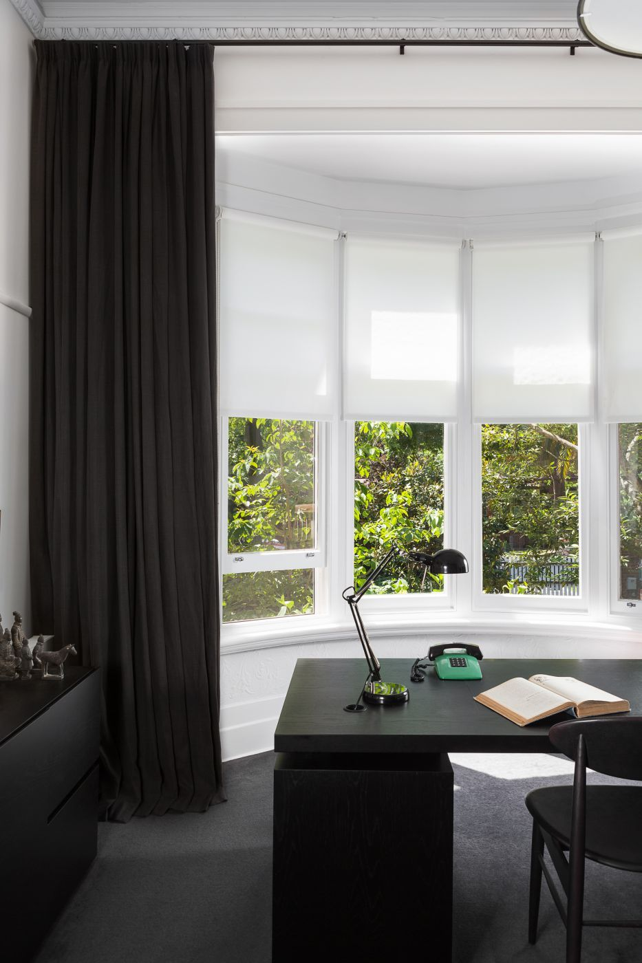 Combination Screen Roller Blinds In Bay Window To Allow