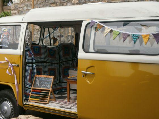 Lyme Regis, Dorset, UK: pop up cafe