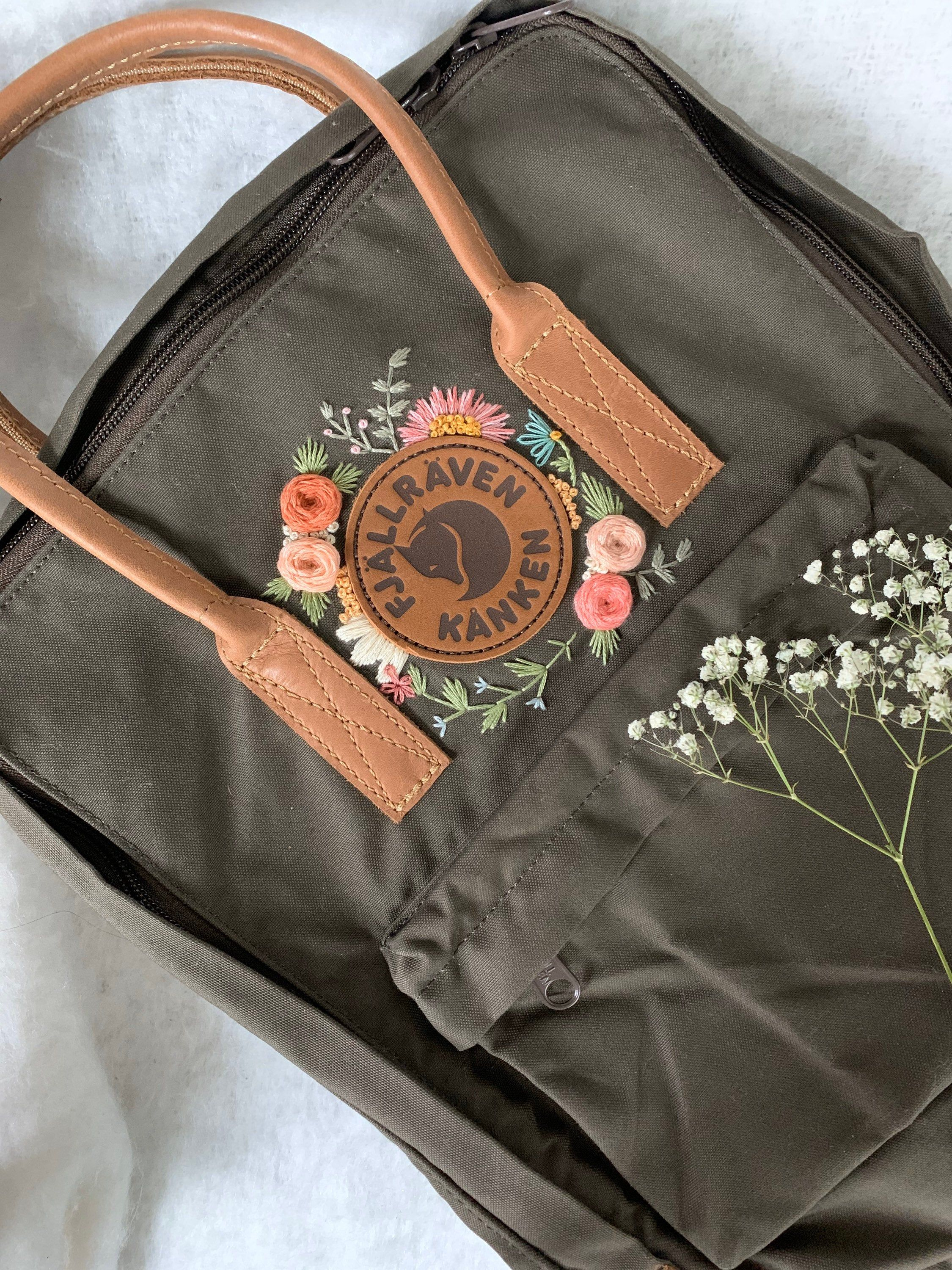 Fjallraven Kanken No. 2 Backpack - Custom Hand Embroidery - Boho Bespoke - Classic No. 2 Colors - Unique Embroidery - G 1000 Material