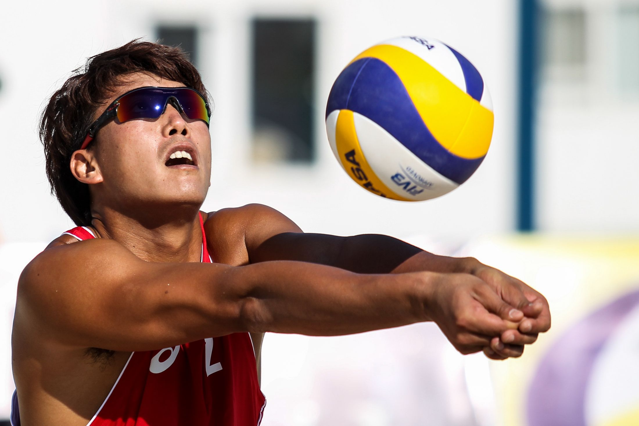 Li Jian On Defense For China Fivb Beach Volleyball Beach Volleyball Li Jian