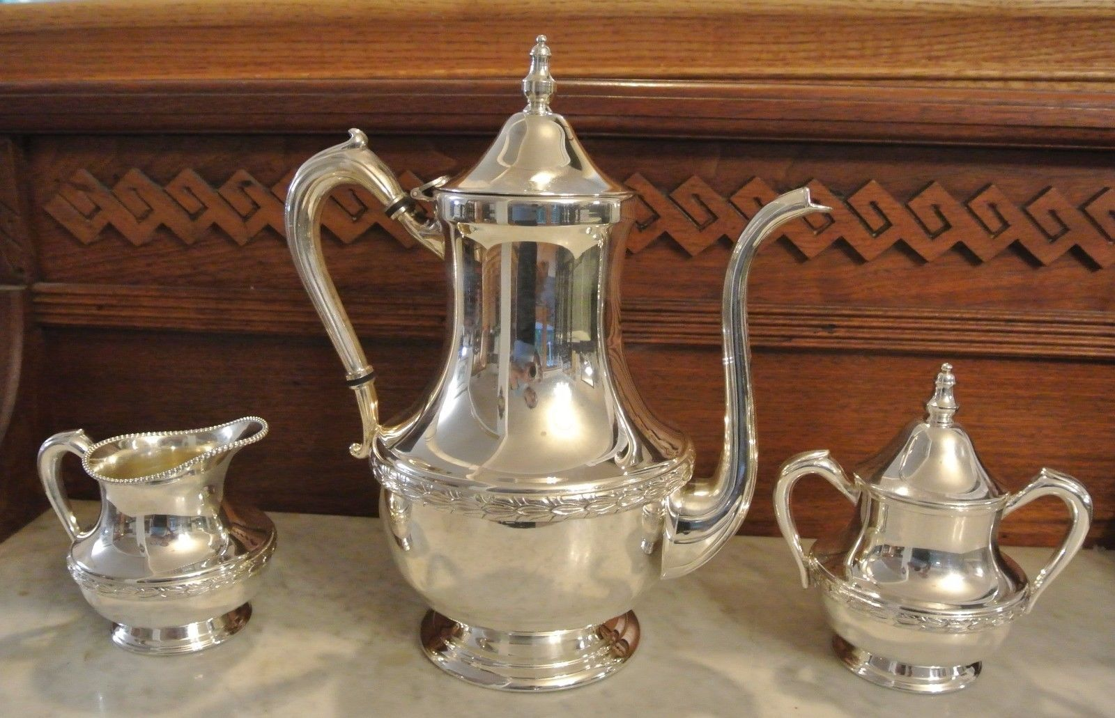 Good condition no dents Stunning Home Decor Bright Silver