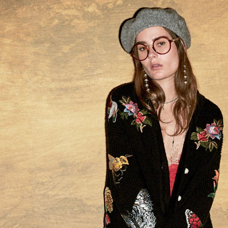 Retro French beret + statement BIG eyeglasses at Gucci Pre-Fall 2016.