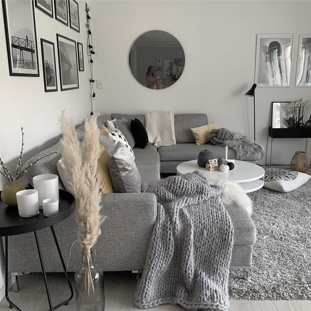 37 White And Silver Living Room Ideas That Will Inspire You Home Decor Bliss Silver Living Room Silver Living Room Table Home Decor #silver #and #white #living #room