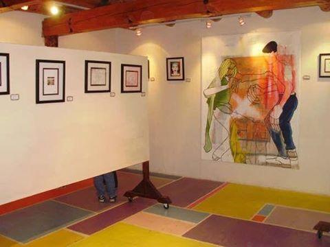 La casa de los colores. Auténtica realidad, exposición Eleki Hobosigns.