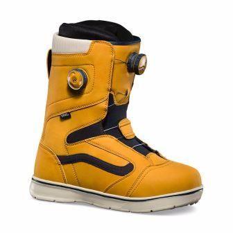 Vans Aura Review: Men's Beginner Boot Reviews | Snowboard