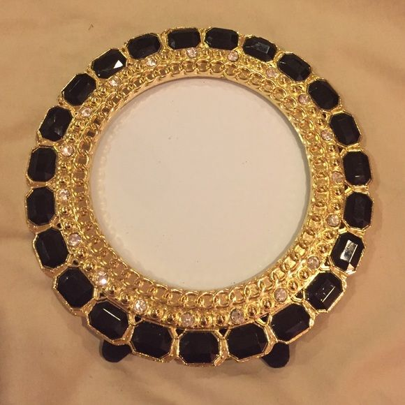 Picture frame Beautiful black stones and gold frame very unique Other