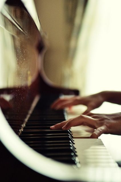 I love to listen to how the keys sound when I let it flow