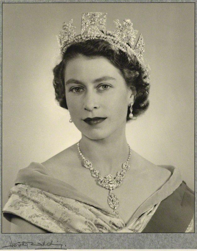 rainha elizabeth 2 jovem - Pesquisa Google