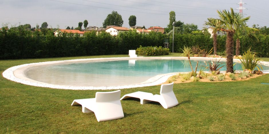Foto piscine private galleria piscine forma libera foto - Foto piscine interrate ...