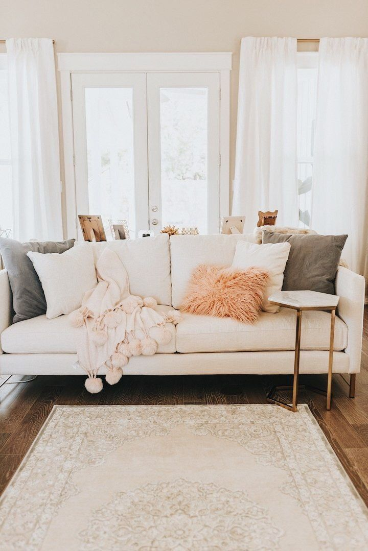 loving this color pallet- if I lived here, I don't think I'd ever get off the couch!