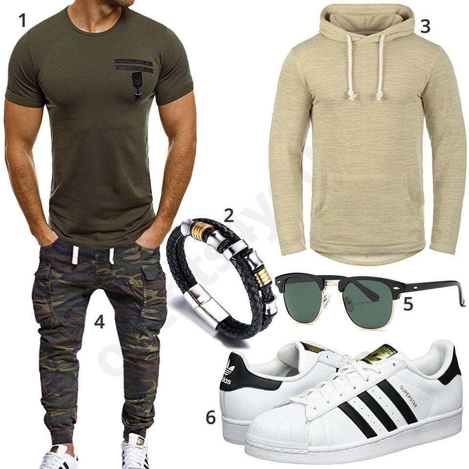Cooles Herrenoutfit mit Camouflage Hose und Hoodie | Herren