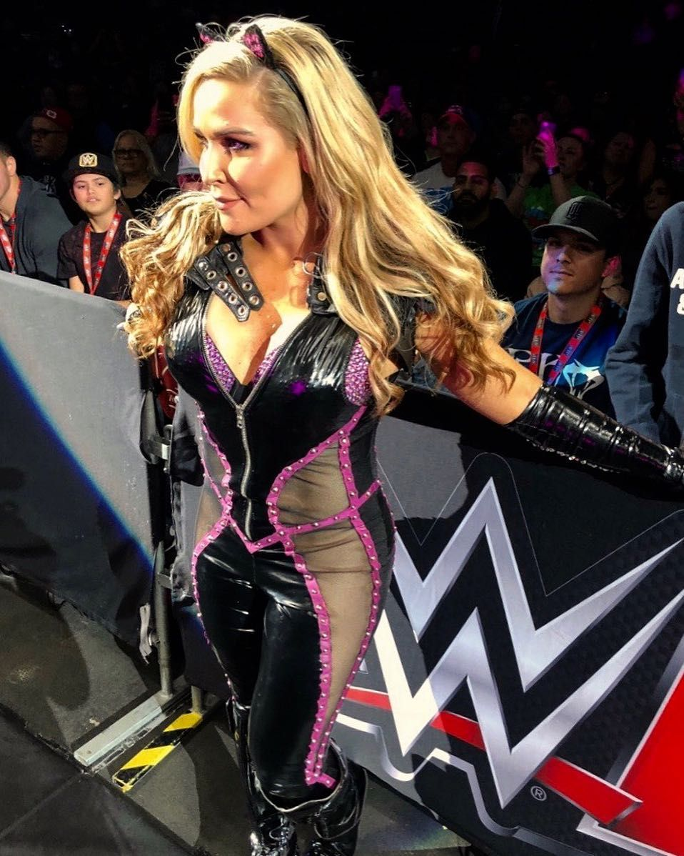 Pin By Allied Security On Wwe Divas