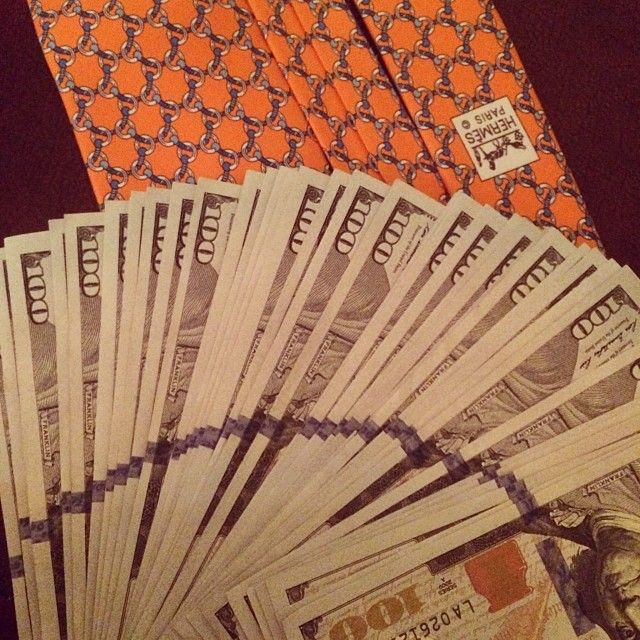 The new 100s match my favorite Hermès tie beautifully #bitchimfabulous by bon_et_copieux