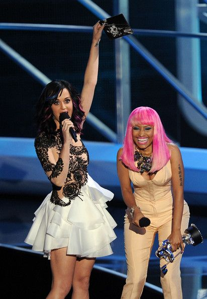 Katy Perry Photos Photos 2010 Mtv Video Music Awards Show Katy Perry Photos Katy Perry Nicki Minaj 2010