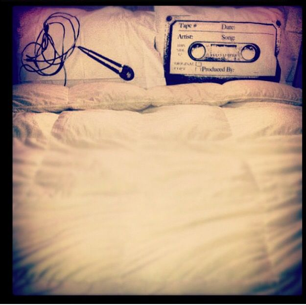 Music makes the pillows come together