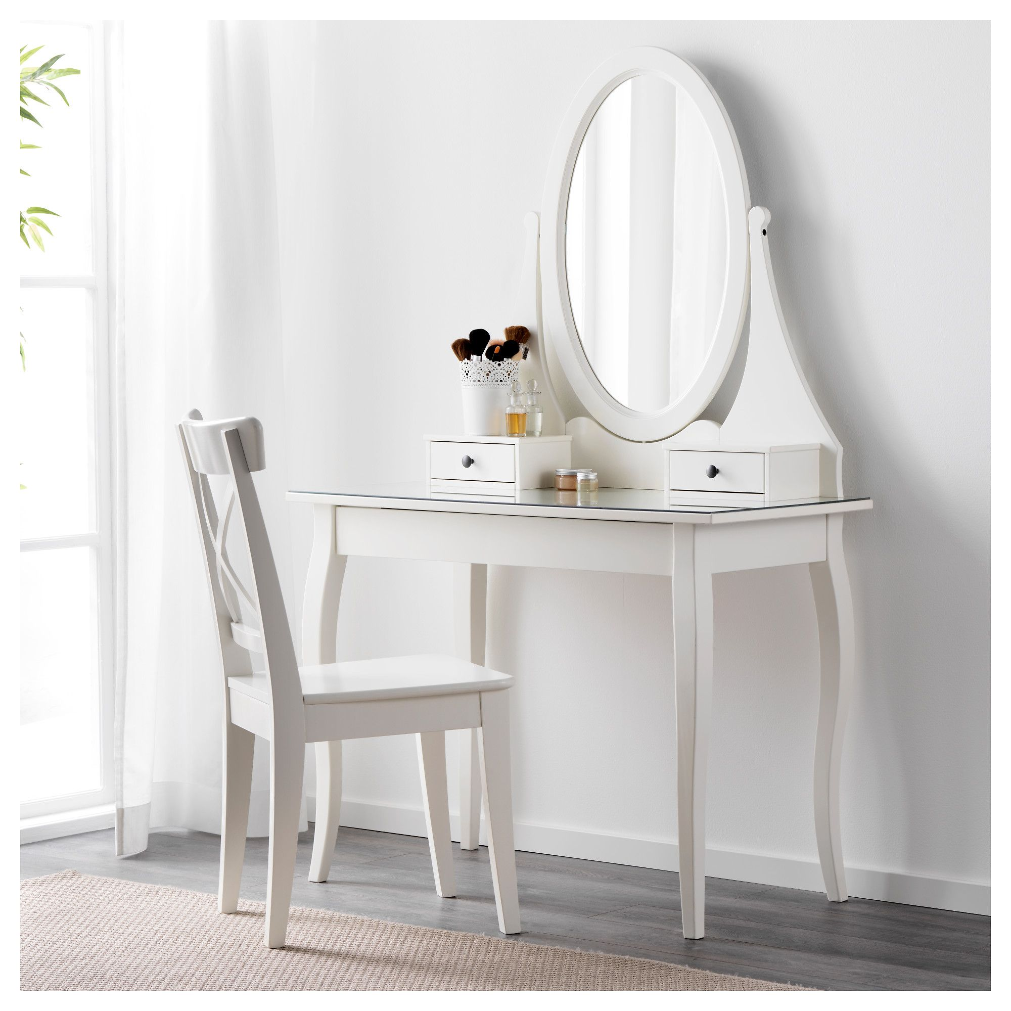 Ikea Hemnes Dressing Table With Mirror White There S Plenty Of E For Makeup And Jewelry In The Two Small Drawers Larger Drawer Hidden