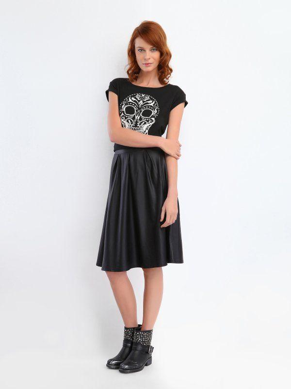 Spódnica damska czarna z klinów, z zakładkami - SSD0638 spódnica regularna - TOP SECRET - Odzieżowy sklep internetowy TOP SECRET