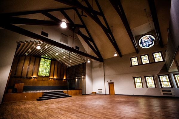 Host Your Event At Fulcrum Hall In Yakima Washington Wa Use Eventective To Find Event Meeting Wedding And Banquet Halls In 2020 Banquet Hall Hall Event Hall