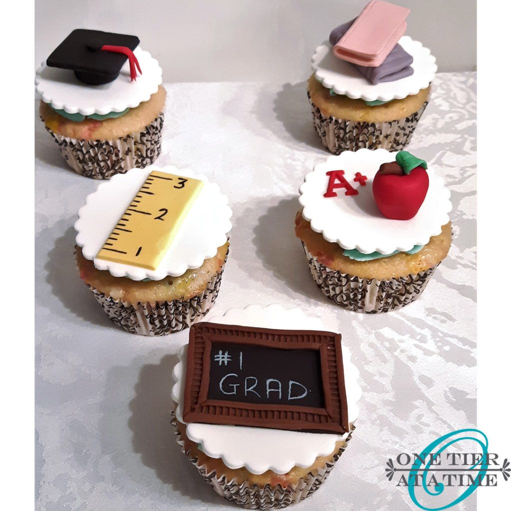 Congrats Fondant Cupcake Topper