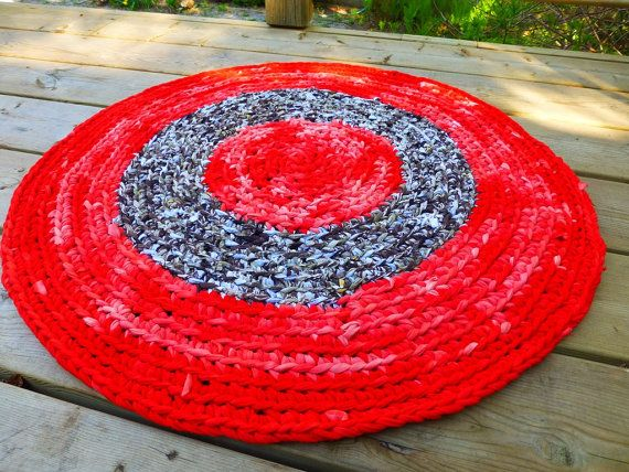 Sun Rug  Upcycled Handmade Striped by MarinaDesignBoutique on Etsy #rug #crochet