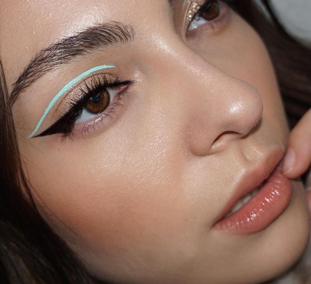 Hay un nuevo delineado en tendencia: se llama graphic eyeliner y las famosas lo aman | crockpotrecipes