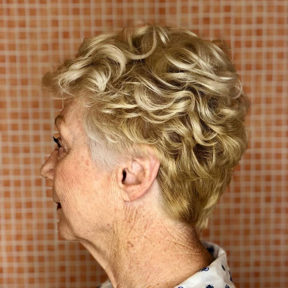 Short Hairstyles For Older Women Over 70 In 2020 Permed Hairstyles Short Hair Older Women Short Hairstyles For Thick Hair