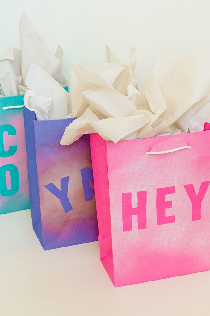Christmas Gift Bags Diy.Diy Stenciled Gift Bags Diy Projects Gift Wrapping