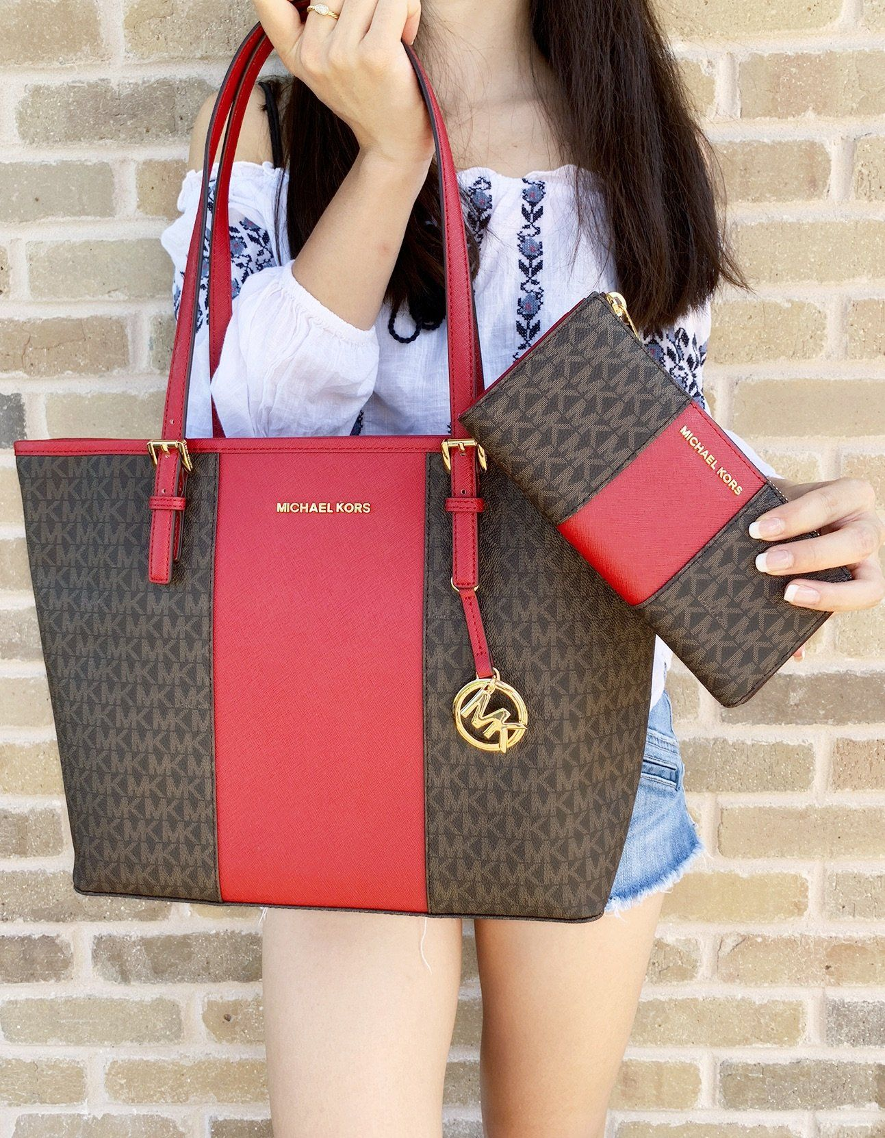 4988fafff8e925 Michael Kors Medium Carryall Tote Brown MK Signature Red Wallet SET #MK  #poshpackages #amazondeals #tradesycloset #ebay #ebayfashion #poshboss  #poshcloset ...