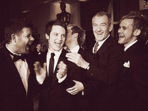 Sean Astin Elijah Wood Billy Boyd Ian Mckellen And Dominic