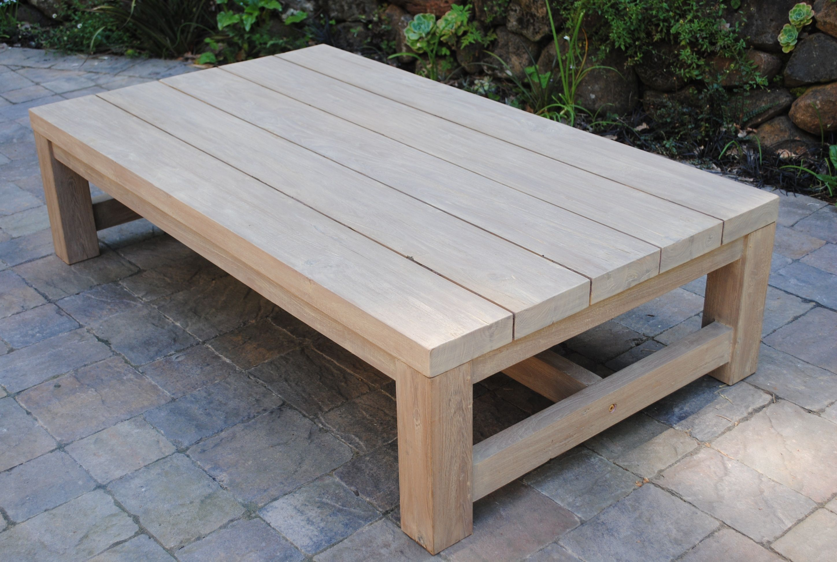 outdoor table | Teak outdoor coffee table, Homemade ...