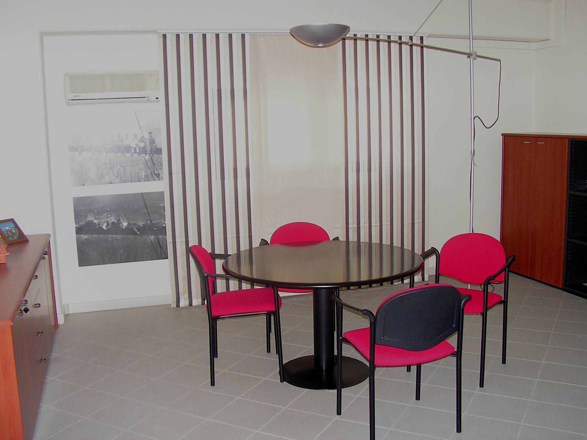 Tende Per Ufficio A Pannelli : Tende per ufficio a pannelli di grandi dimensioni realizzate in