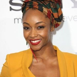Charmant Coiffure Africaine Avec Foulard cheveux in 2019