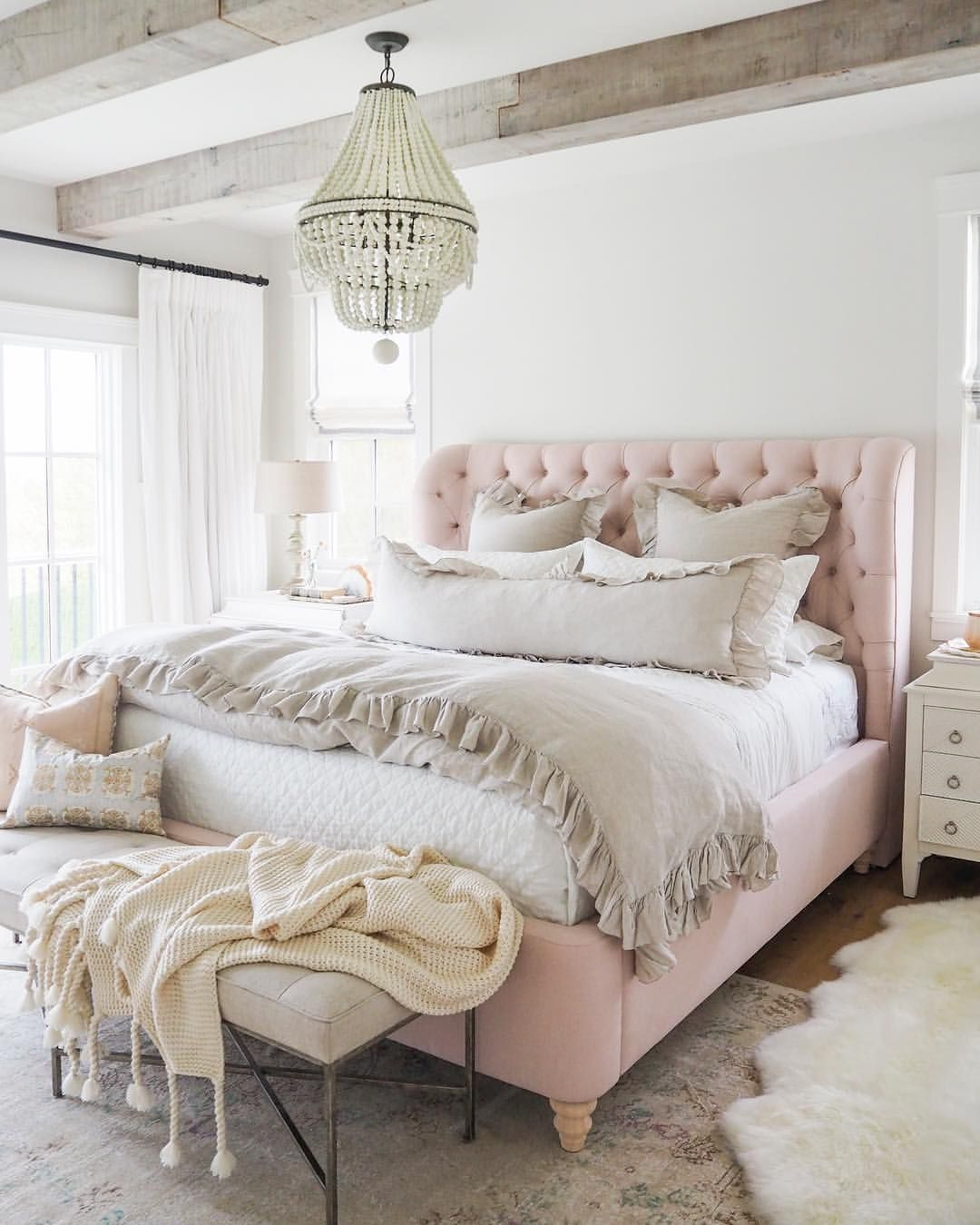 Pin By Emily On Bedroom Decor In 2019 Farmhouse
