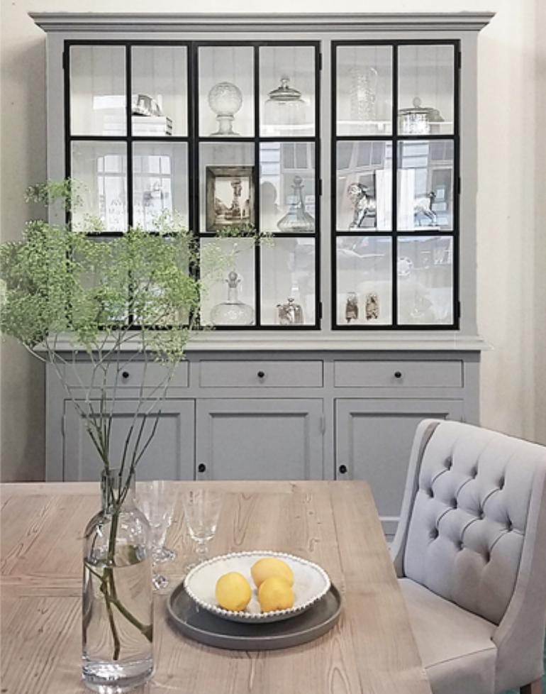 Kredens Kuchenny Z Metalowymi Drzwiczkami Home Interior Design Home Decor Crockery Unit