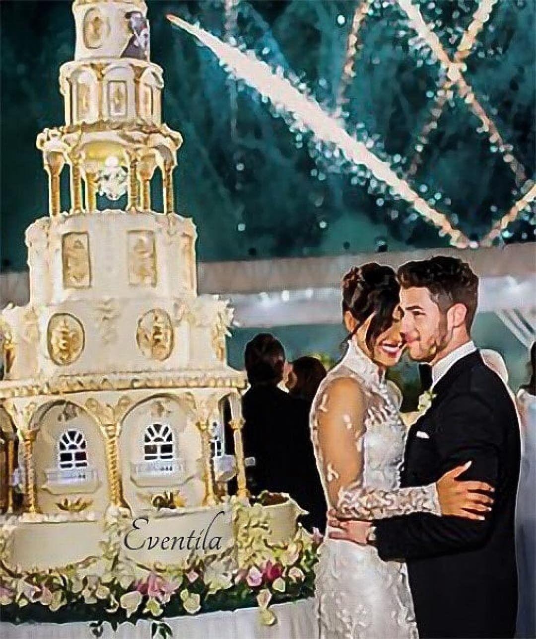 That 6 Tier Cake Priyanka Chopra Wedding Wedding Celebrity Weddings